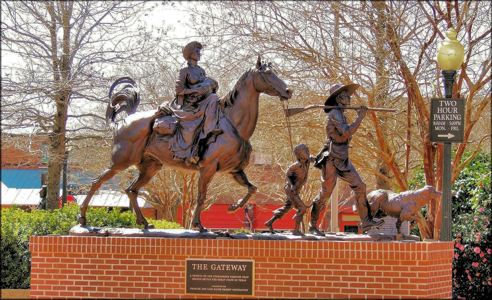 The Gateway Statue: A Pioneer Family Travelling West on the El Camino Real in Historic Nacogdoches