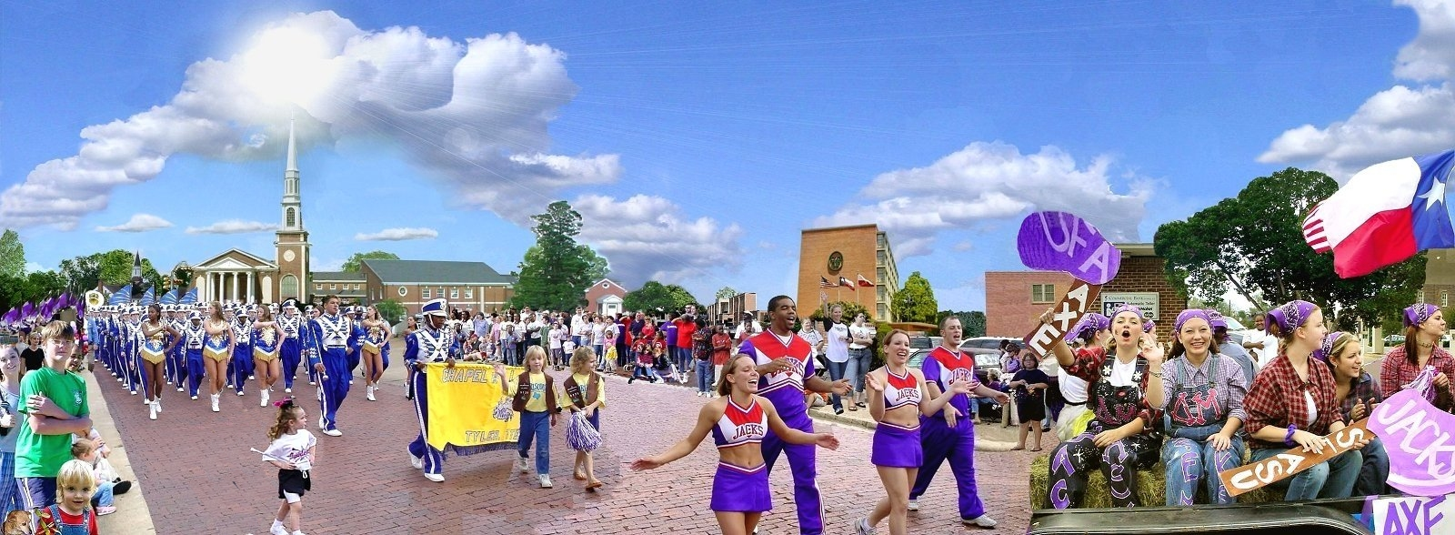 Picture of the Homecoming Parade in Historic Nacogdoches