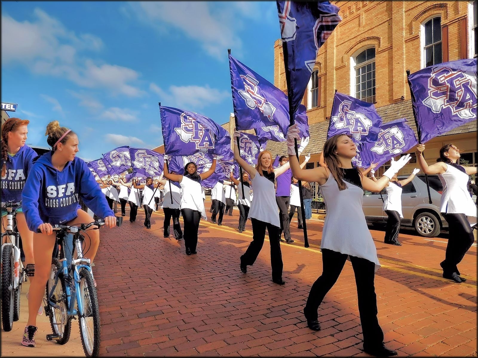 Picture of the Stephen F. Austin State University Flag Bearers