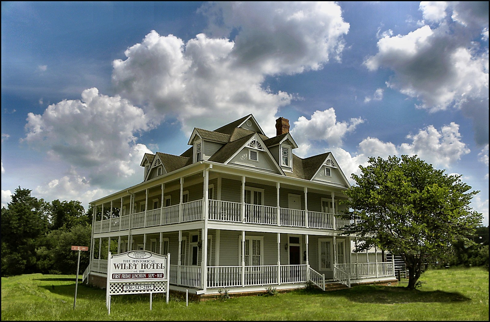 The Wiley Hotel In Garrison Texas