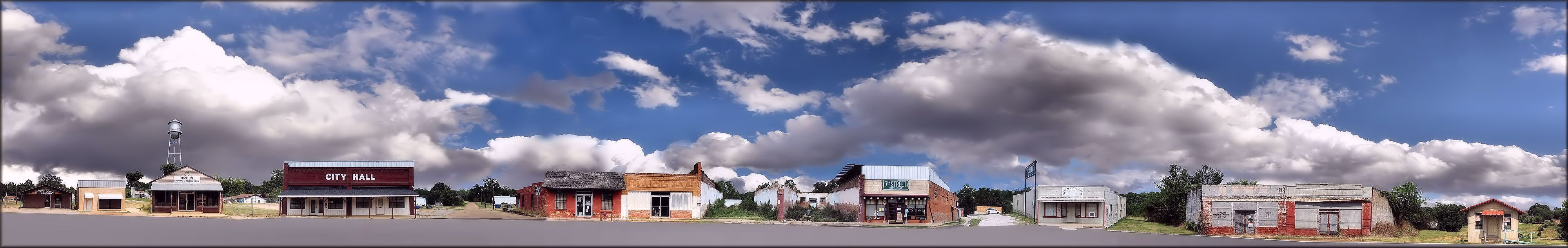 Panorama of 7th Street in Cushing, Texas